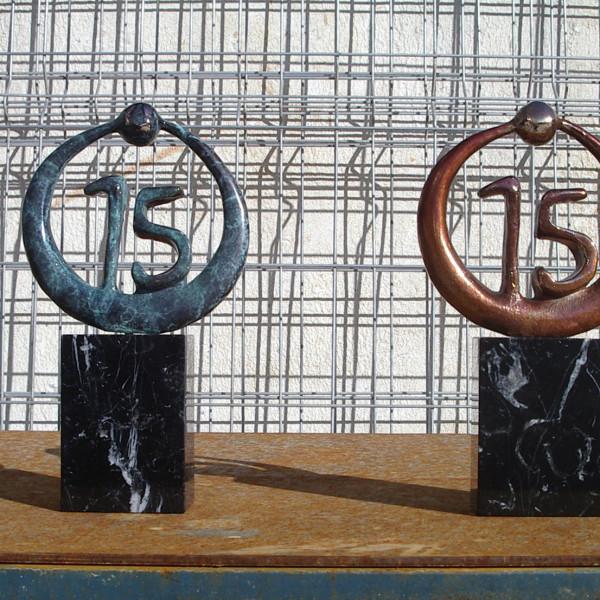 escultura-corporativa-OKI-1