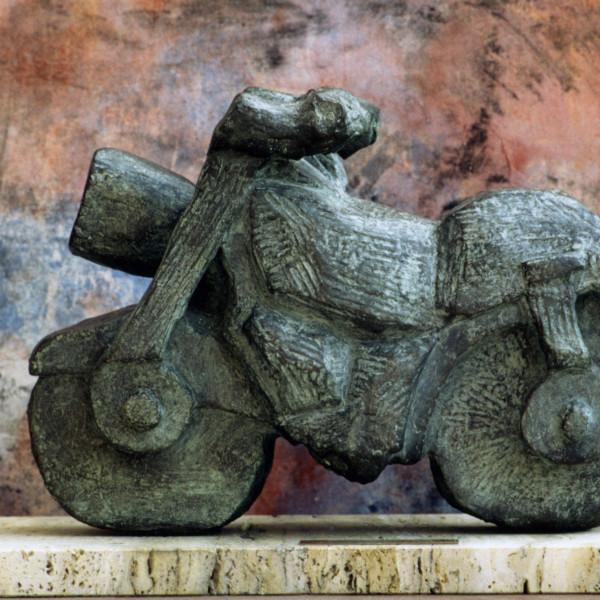 escultura-corporativa-moto1
