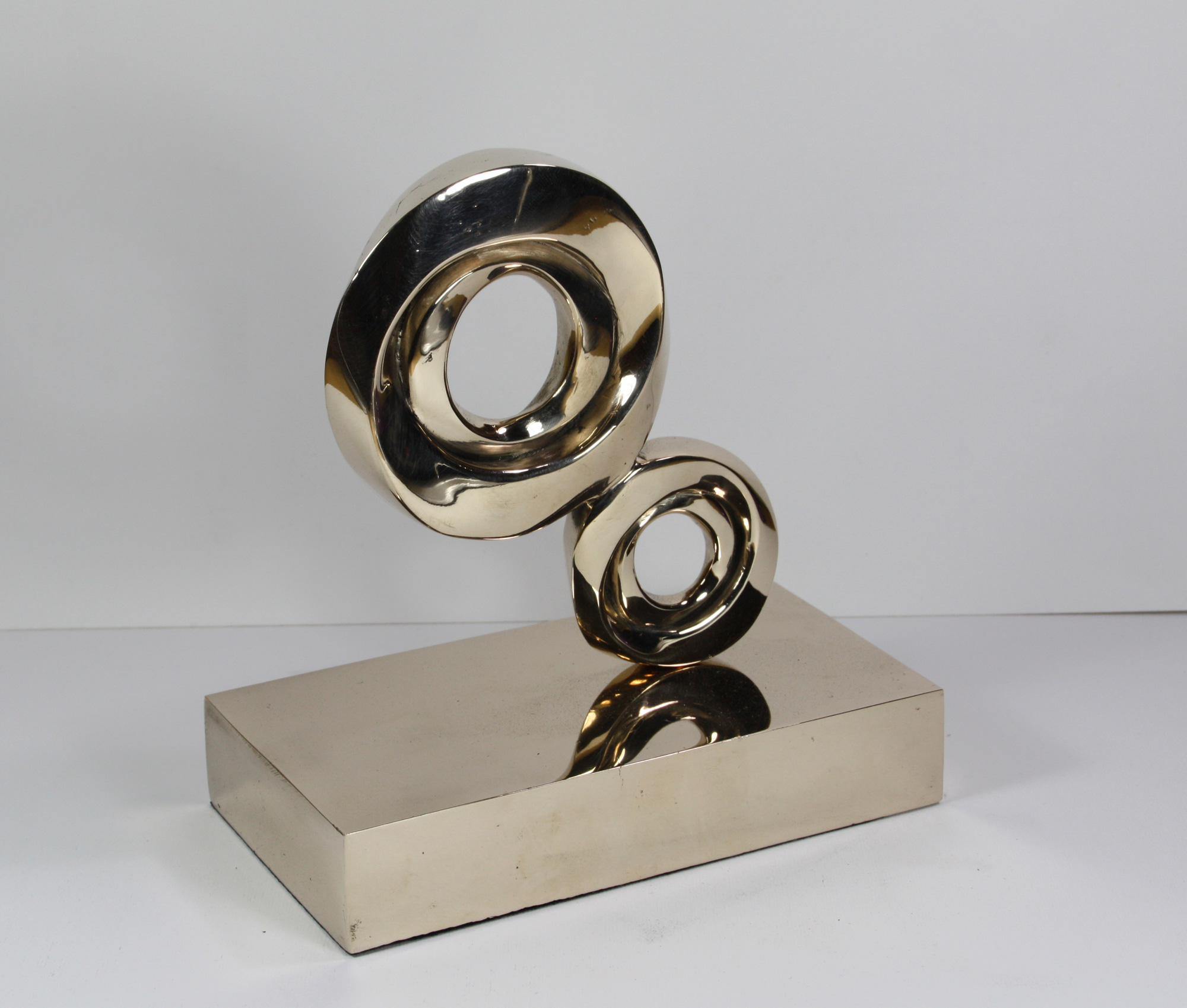 escultura-corporativa-GROW11