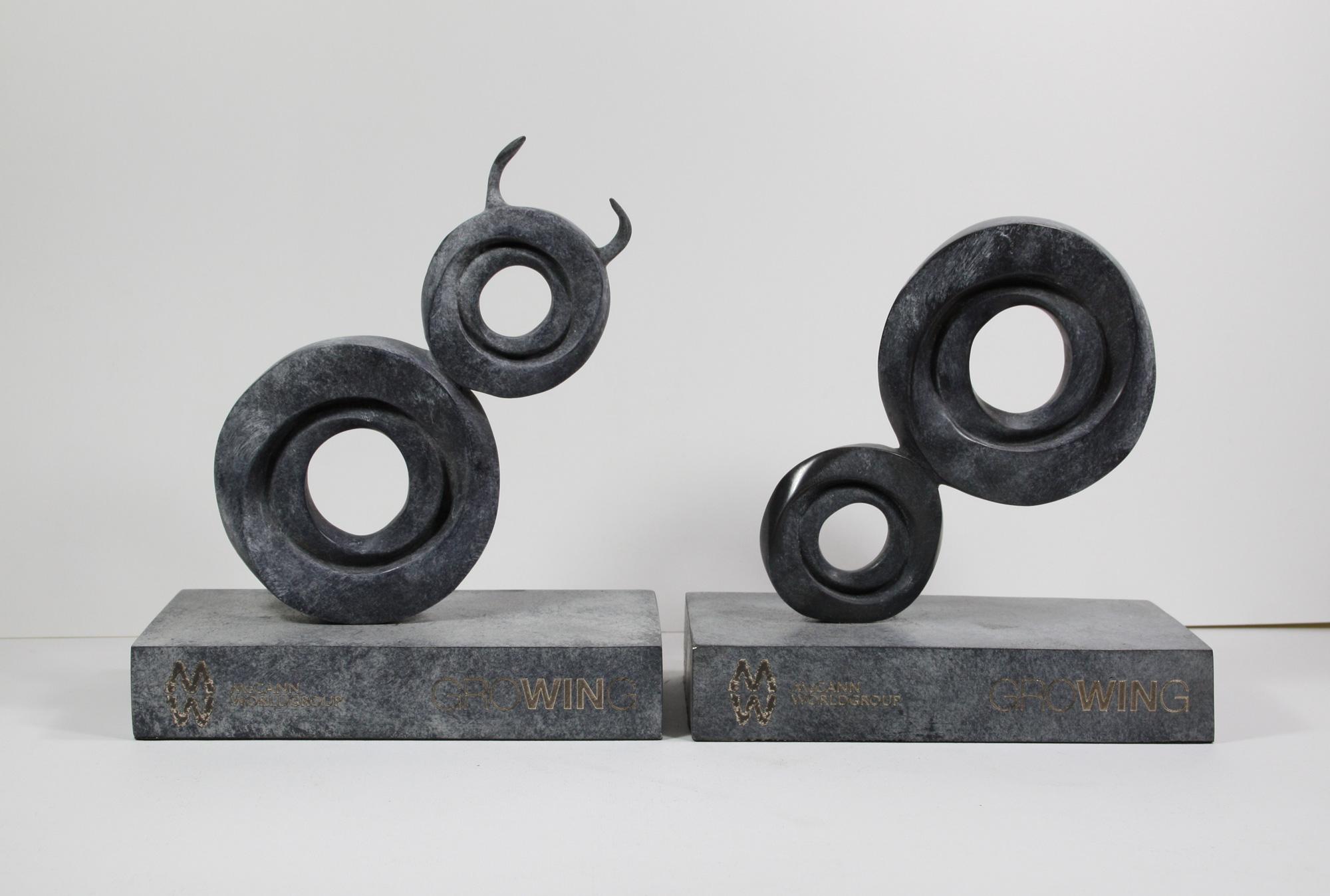 escultura-corporativa-GROW2
