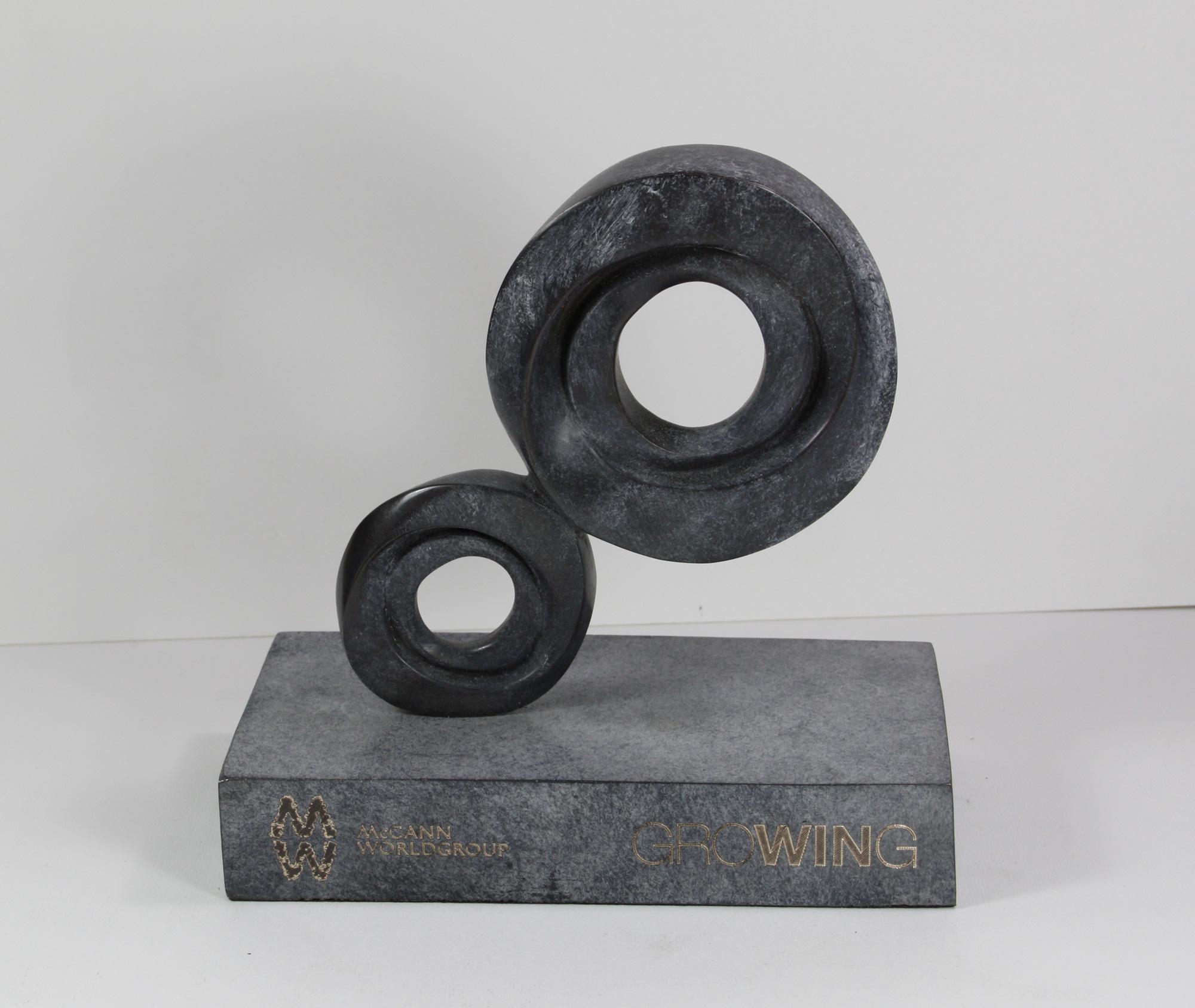 escultura-corporativa-GROW9