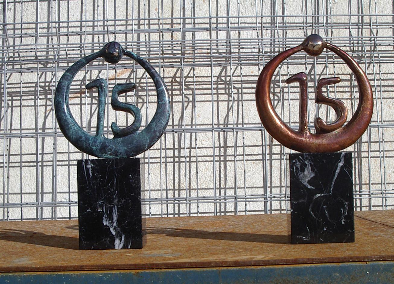 escultura-corporativa-OKI-4