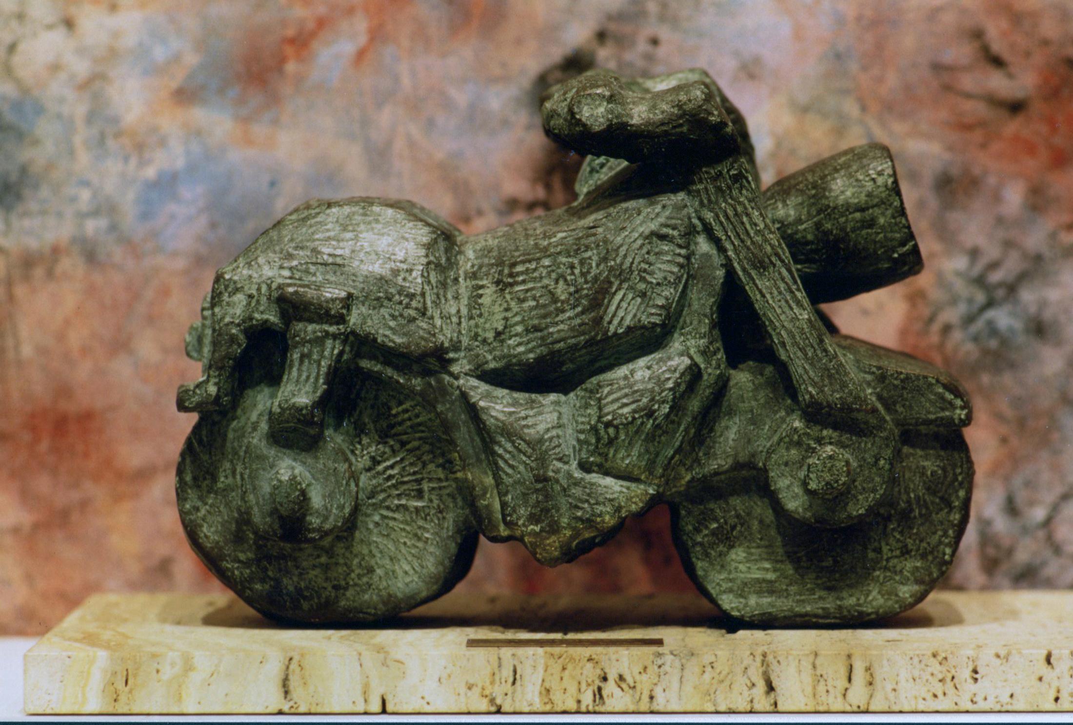 escultura-corporativa-moto2