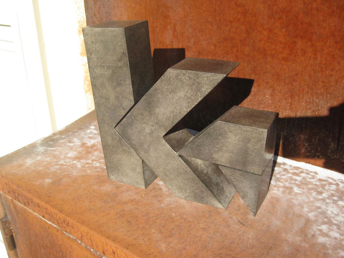 esculturas-corporativas-knot2